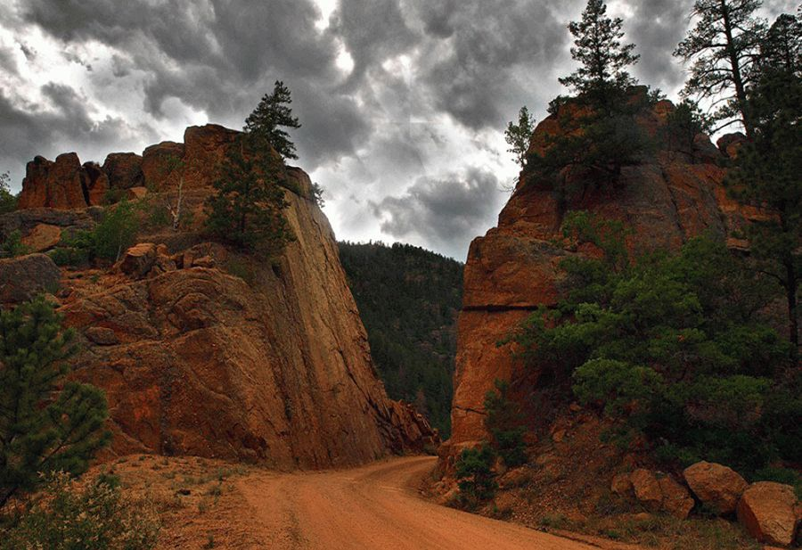 Phantom Canyon Road
