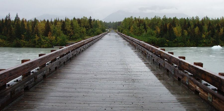 Harlequin Lake Bridge
